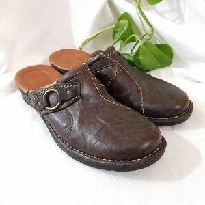 Clarks Leather Clogs, sz 9 Narrow